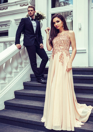 Evening dress made of Chiffon with a Train in Macadamia Nut
