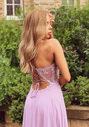 Vestido de noche con adornos bordados en Lavender Snow