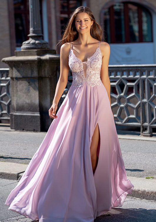 Evening dress with embroidery embellishments in Lavender Snow