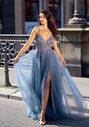 Vestido de noche de tul con pedrería en índigo vintage
