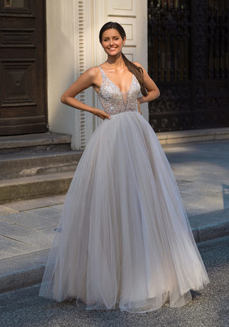 Evening dress made of tulle with Rhinestones in Ghost Grey
