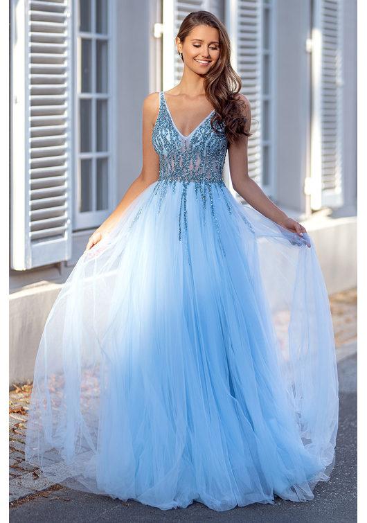 Vestido de noche de tul con pedrería en azul agua