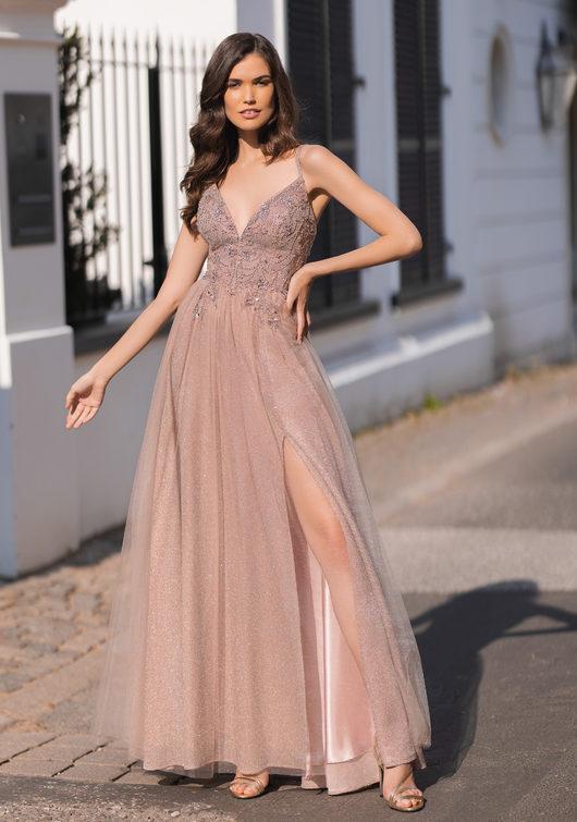 Robe de soirée pailletée avec tulle et laçage au dos en rose pailleté