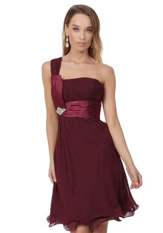 Chiffon cocktail dress in Bordeaux red with an asymmetrical line