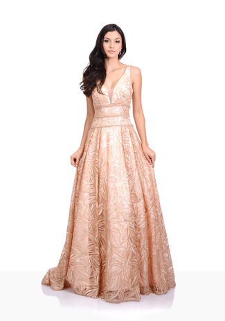Abendkleid in Macadamia Nut