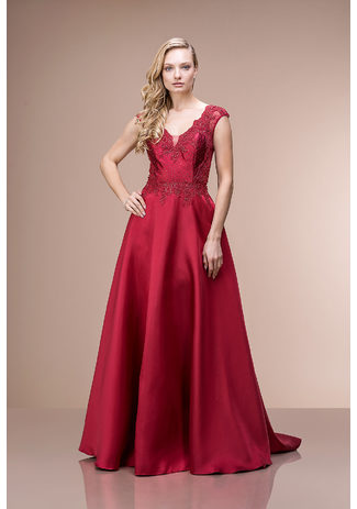 Ausgestelltes Abendkleid aus Mikado in Rio Red